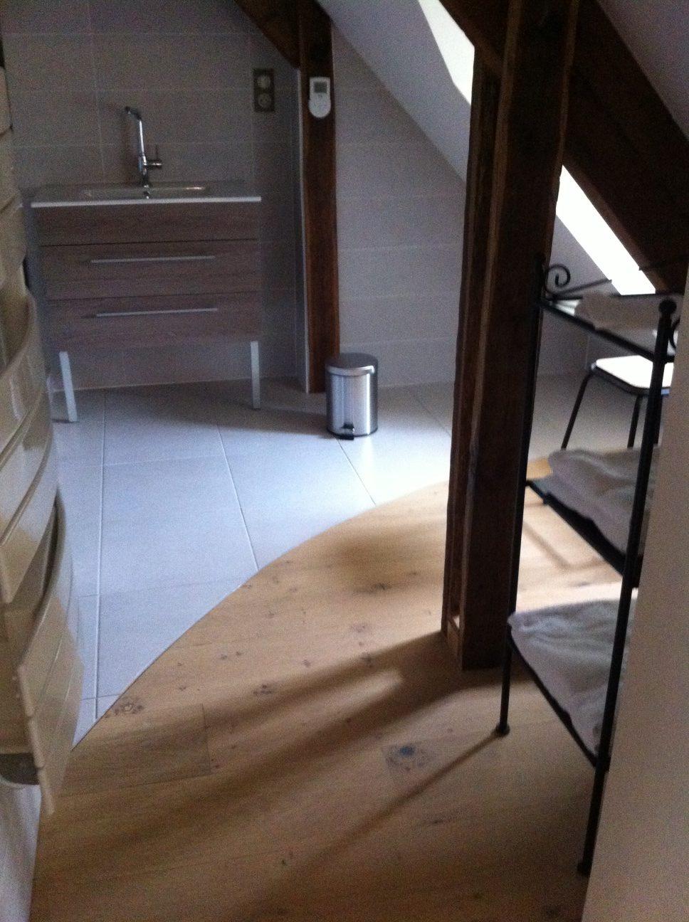 rénovation château 18ème siècle, fenêtres, parquets, isolation, huisseries, mezzanine, escalier sur mesure, parquet original, parquet chêne